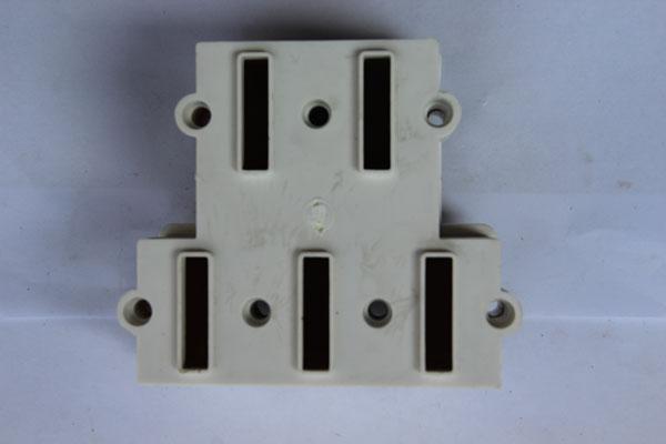 19相位五线制插座