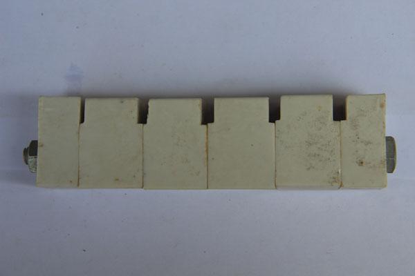 母线绝缘垫块26-36